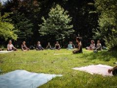 Yoga im Duisburger Wald