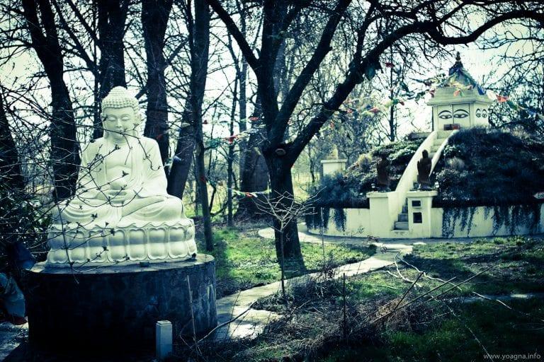 Meditation Weihnachten 2019.Weihnachten Yoga Und Meditation Schweige Retreat 2019 Mit Nica 13 15 Dezember 2019